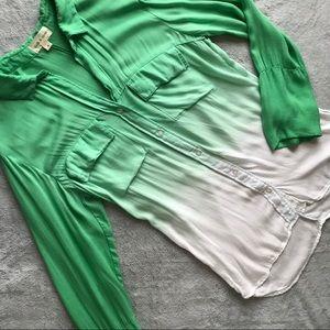Anthro Cloth & Stone Green Ombre Dip Button Top